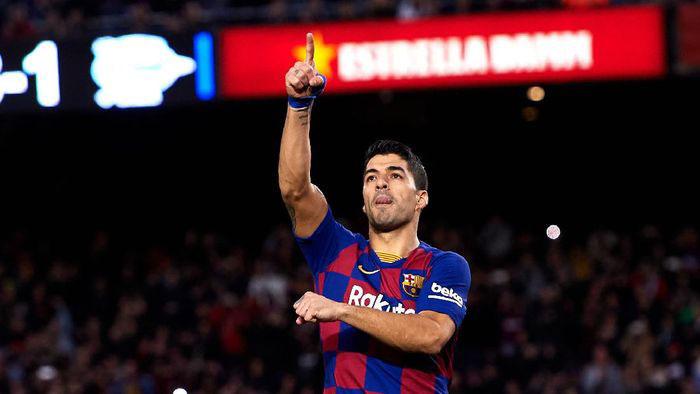 Pemecatan Luis Suarez secara sepihak