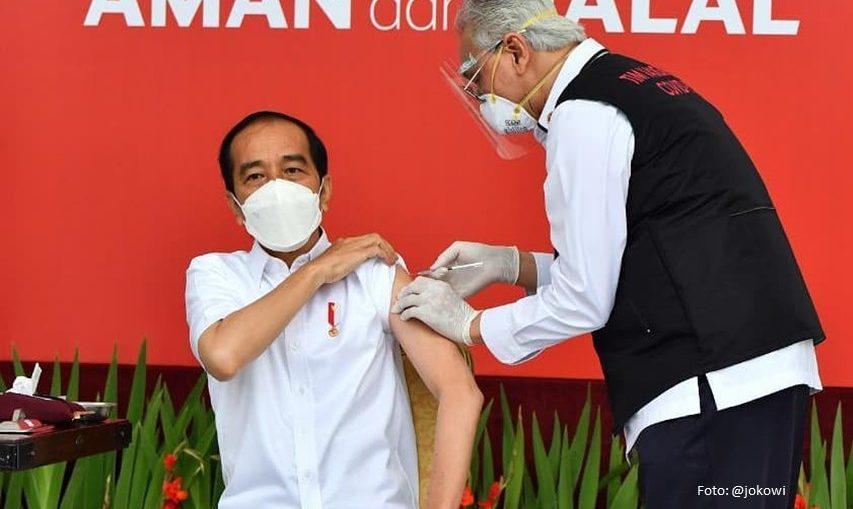 Presiden Jokowi Vaksin Covid
